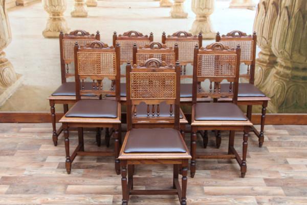 8 Gründerzeit Stühle