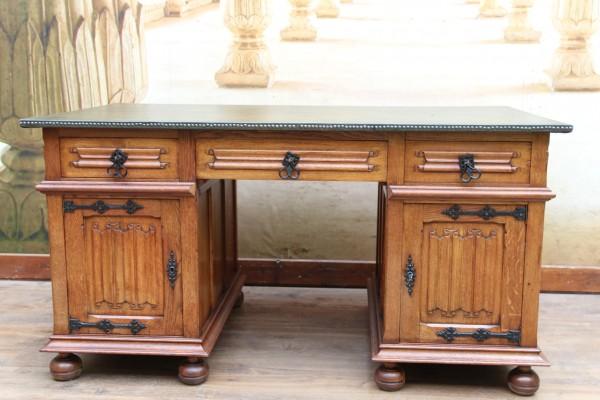gotischer Partner - Schreibtisch