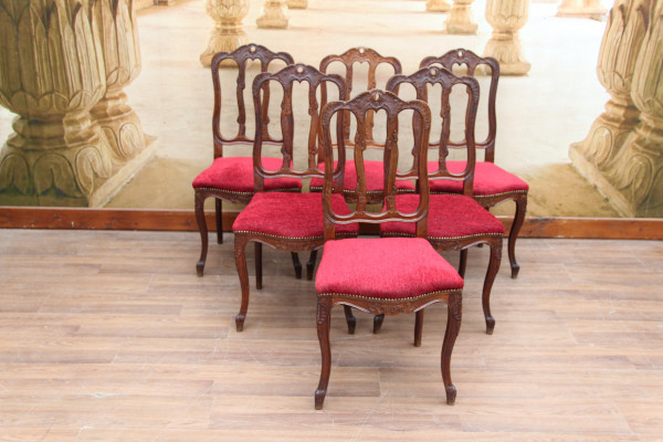 6 barocke Stühle
